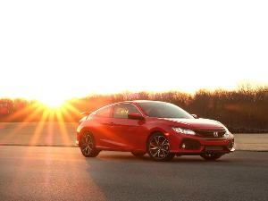 2018 Honda Civic Si vs 2018 Honda Civic Type R: Which is for you?