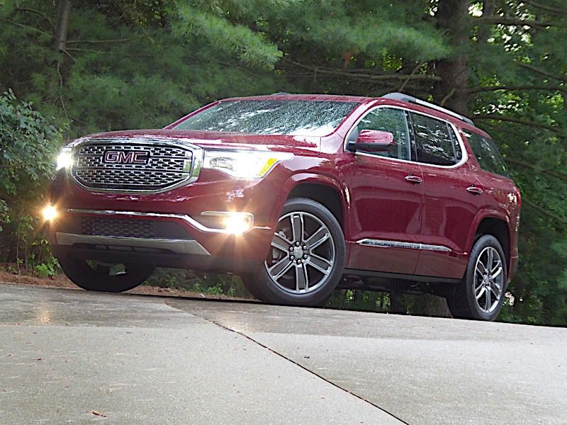 2018 GMC Acadia Road Test and Review