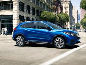 2019 Kia Niro vs. 2019 Honda HR-V: Which is Best?