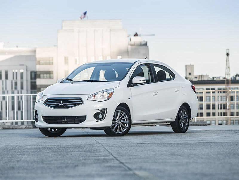 2018 Mitsubishi Mirage G4 front three quarter hero
