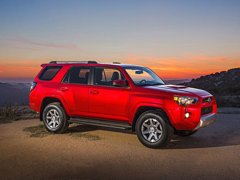 Vehicles With 5000 Lb Towing Capacity >> 10 Suvs That Can Tow 5000 Lbs Autobytel Com