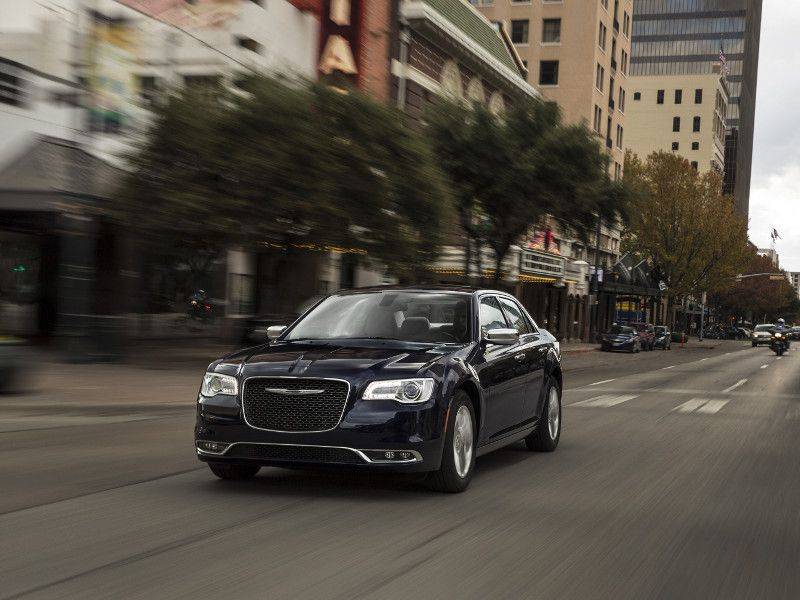 2019 Chrysler 300 Road Test and Review | Autobytel com