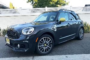 Mom on a Budget: Testing the 2019 Mini Countryman