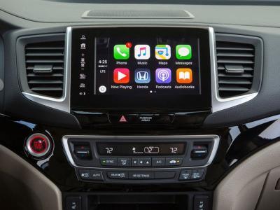 10 Top Trucks with Apple CarPlay | Autobytel com