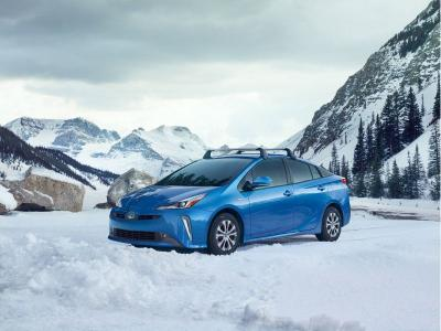 10 Hybrids With All Wheel Drive Autobytel Com