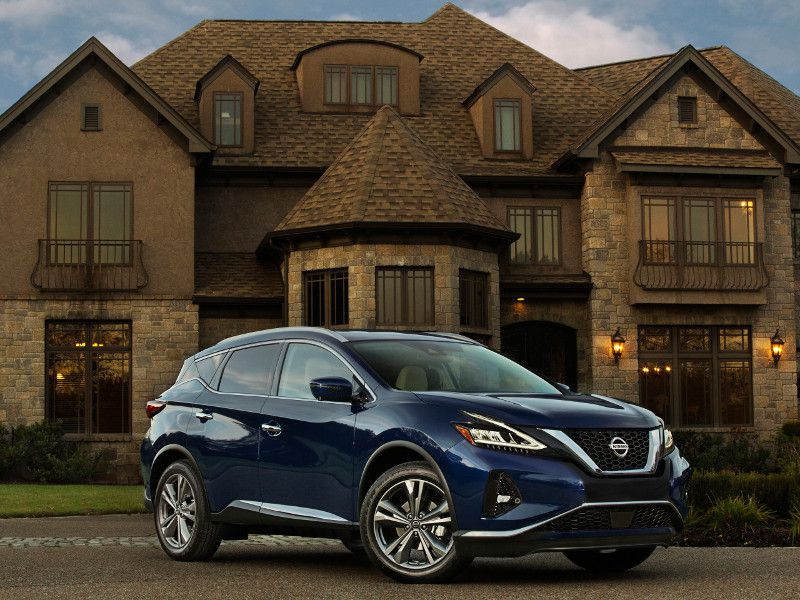 2019 Nissan Murano Blue parked