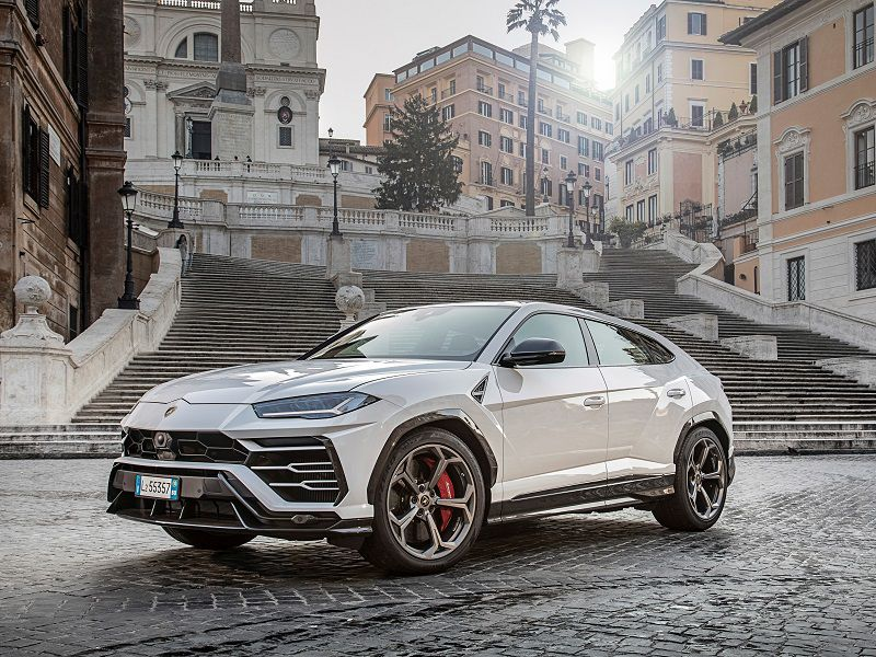 2019 Lamborghini Urus Road Test And Review Autobytel Com