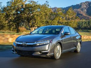 2019 Honda Clarity Plug-In Hybrid (PHEV) Road Test and Review