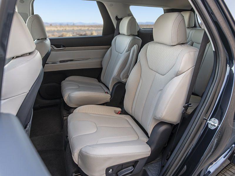 Honda Pilot Captains Chairs >> 2020 Hyundai Palisade Road Test and Review | Autobytel.com