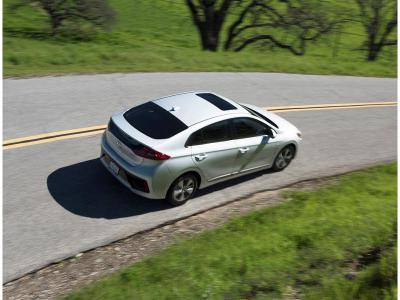 10 Best Compact Hybrid Cars Autobytel Com
