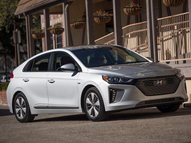 2019 Hyundai Ioniq Plug In Hybrid Phev Road Test And Review