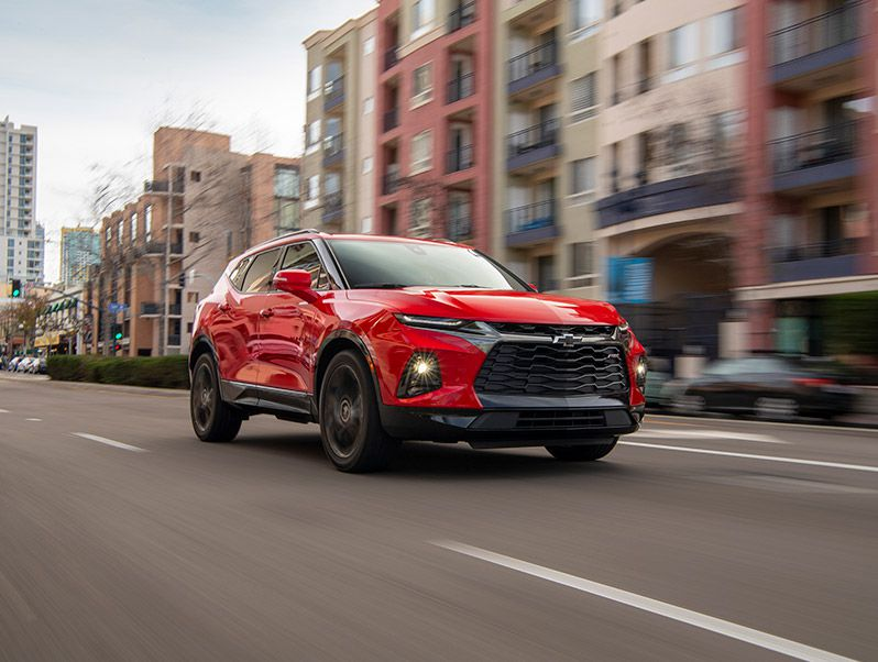 2019 Chevrolet Blazer front three quarter driving