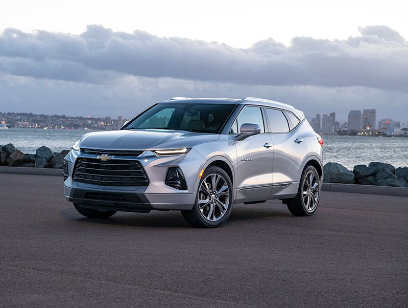 2019 Chevrolet Blazer front three quarter hero