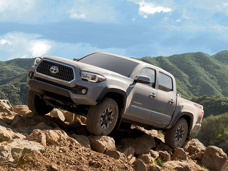 2019 Toyota Tacoma Off Road front three quarter