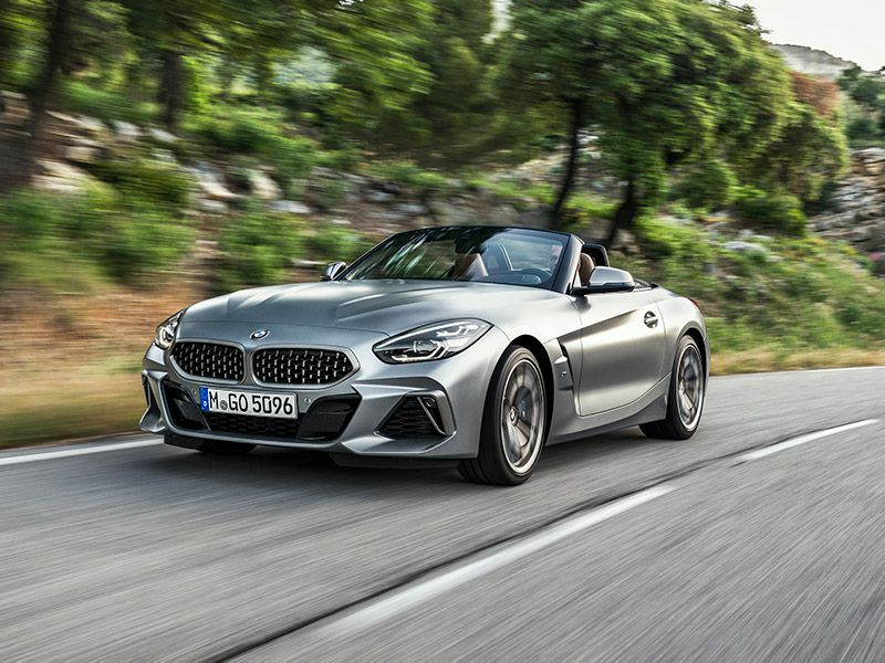 2019 BMW Z4 front three quarter driving