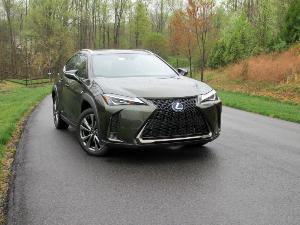 10 Things You Need to Know About the 2019 Lexus UX 250h
