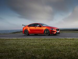 10 Things You Need to Know About the 2019 Jaguar XE SV Project 8