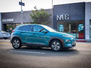 2019 Kia Niro EV vs. 2019 Hyundai Kona EV: Which is Best?