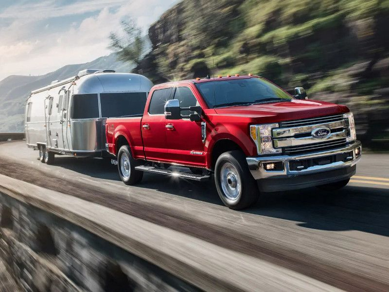2019 Ford F 250 Lariat red towing