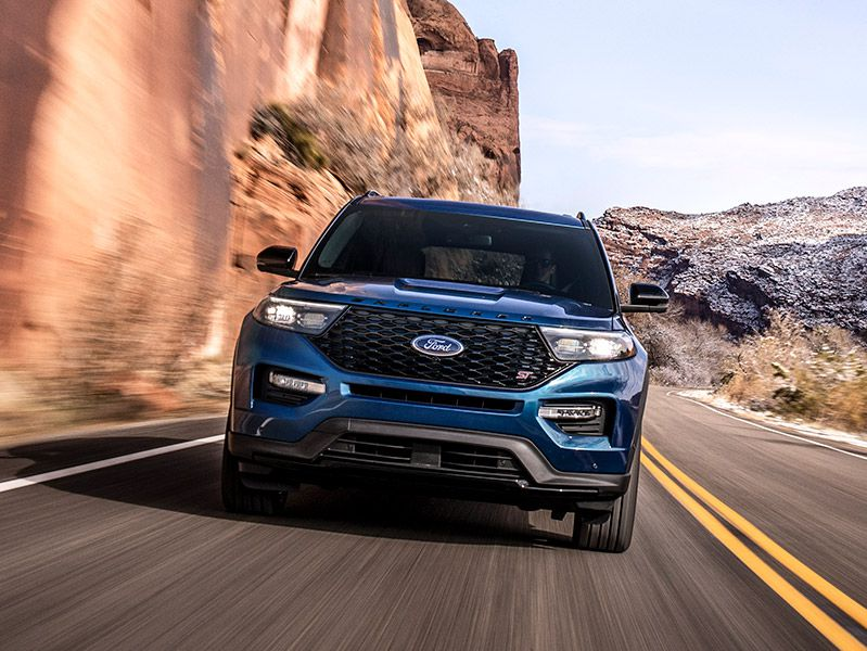 2020 Ford Explorer ST Driving Front