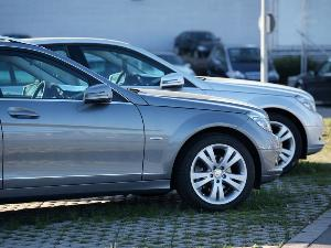 How to Compare Two Similar Used Cars