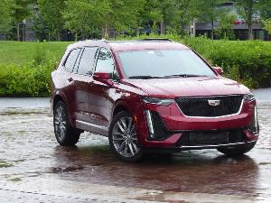 2020 Cadillac XT6 Road Test and Review