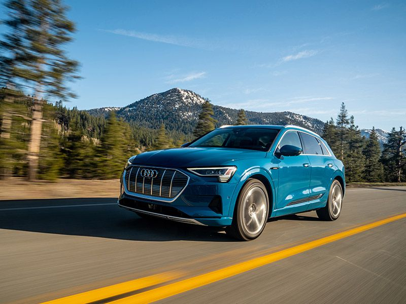 2019 Audi e Tron front three quarter