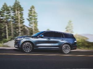 2020 Lincoln Aviator Road Test and Review