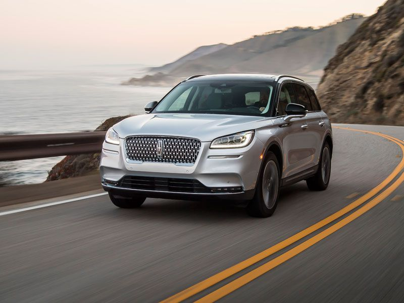 2020 Lincoln Corsair exterior in motion