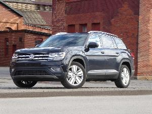2020 Volkswagen Atlas Road Test and Review