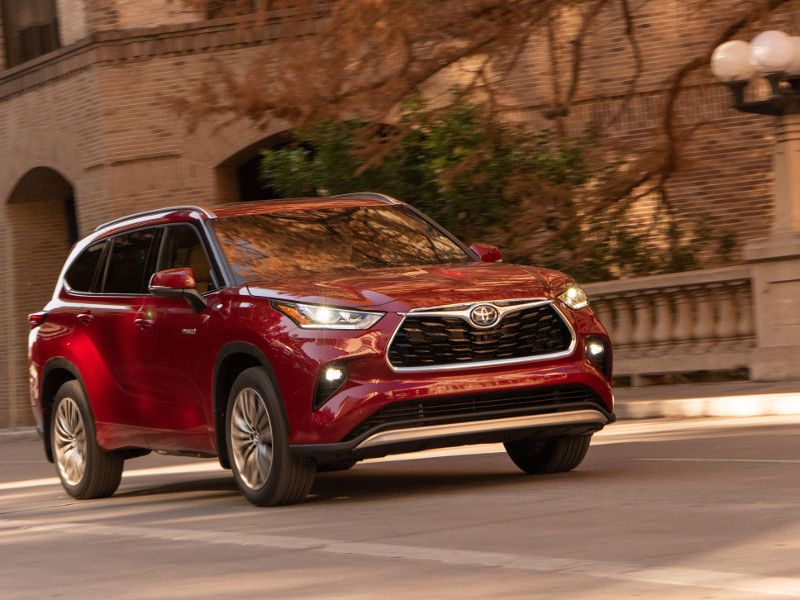2020 Toyota Highlander Road Test and Review