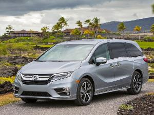 2020 Honda Odyssey Road Test and Review