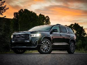 2020 GMC Acadia Road Test and Review