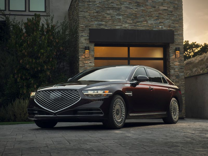 2020 Genesis G90 parked in driveway