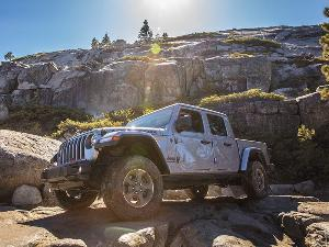 2020 Jeep Gladiator Rubicon Road Test and Review