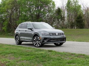 2020 Volkswagen Tiguan Road Test and Review