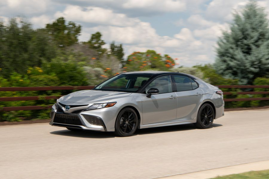 10 Things You Should Know About the 2021 Toyota Camry Hybrid
