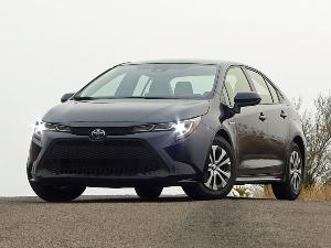 2021 Toyota Corolla Hybrid Road Test and Review