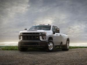 2020 Ford F-350 Super Duty vs. 2020 Chevrolet Silverado 3500 Heavy Duty