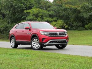 2020 Volkswagen Atlas Cross Sport vs. 2020 Ford Edge