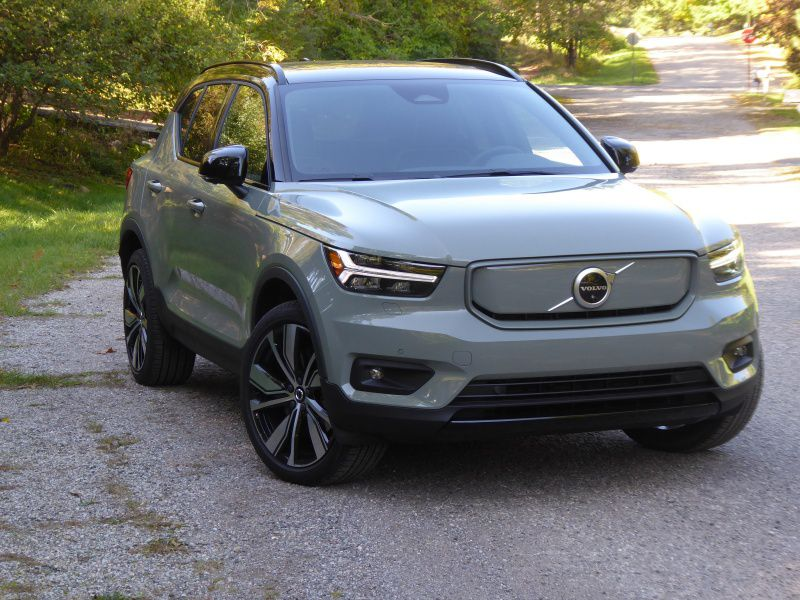2021 Volvo XC40 P8 Recharge Road Test and Review