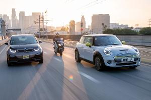 2021 Mini Cooper SE Electric vs. 2021 BMW i3