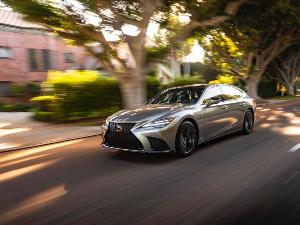 2021 Lexus LS vs. 2021 BMW 7 Series